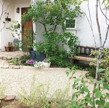 我が家の淡路砂利の画像