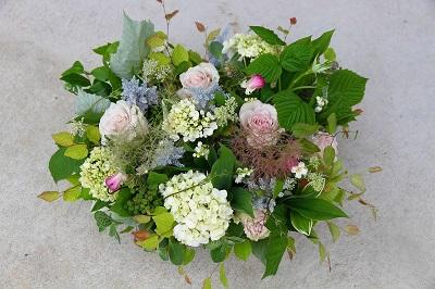 フルールサンクフラワーショップイビの花束の画像