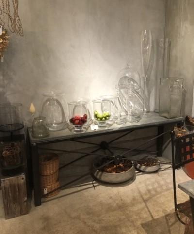 フルールサンクフラワーショップイビの花瓶の画像
